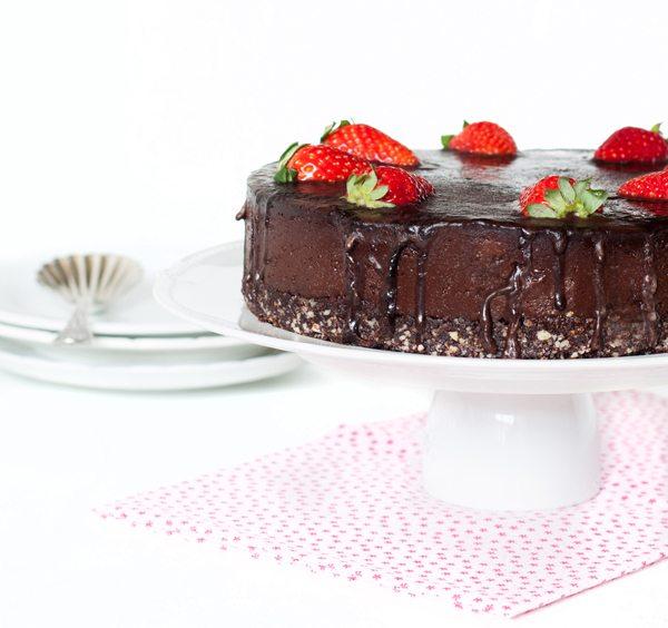 עוגת-שוקולד-טבעונית_מקרוב