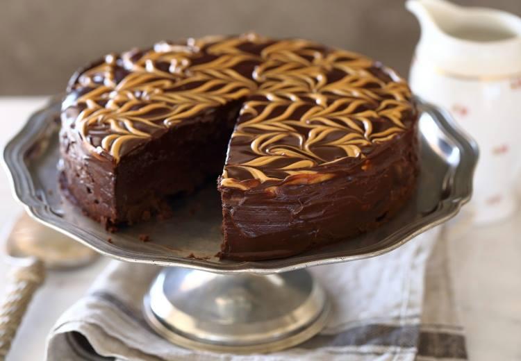 חן שוקרון - עוגת שוקולד וחמאת בוטנים ללא קמח